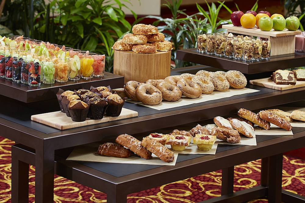 Breakfast buffet, Marriott Cincinnati Airport