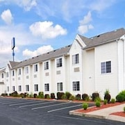 Microtel Inn & Suites by Wyndham Clarksville