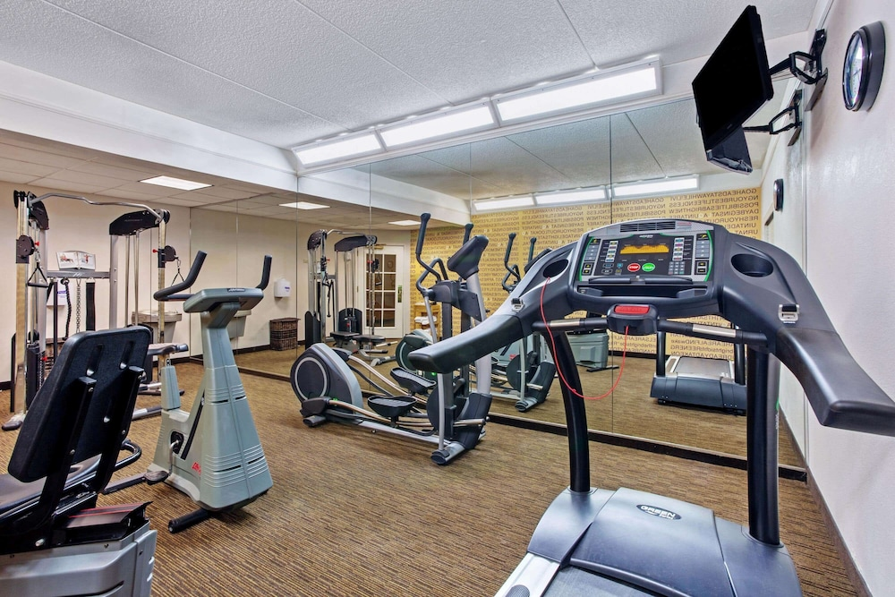 Fitness Facility, La Quinta Inn & Suites by Wyndham Winston-Salem