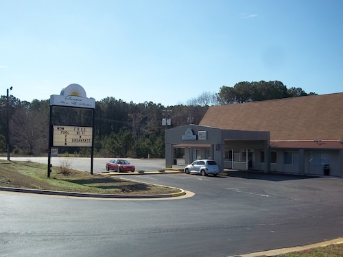 Sunrise Inn & Suites
