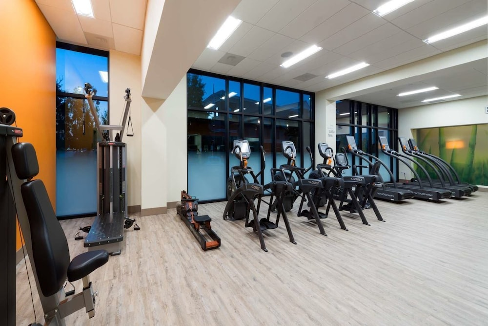 Fitness Facility, EVEN Hotel Rockville - Washington DC Area, an IHG Hotel