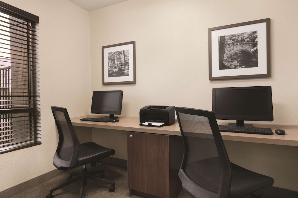 Business Center, Country Inn & Suites by Radisson, Seattle-Bothell, WA
