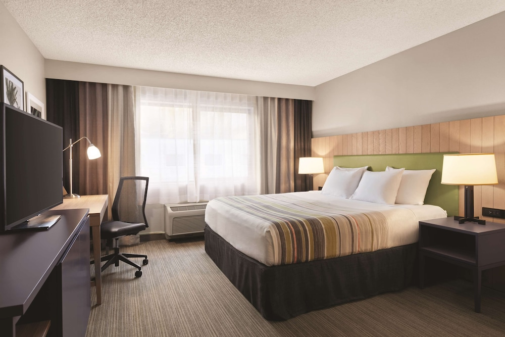 Room, Country Inn & Suites by Radisson, Seattle-Bothell, WA