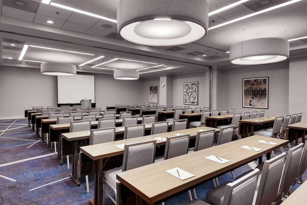 Meeting Facility, Embassy Suites Raleigh-Crabtree
