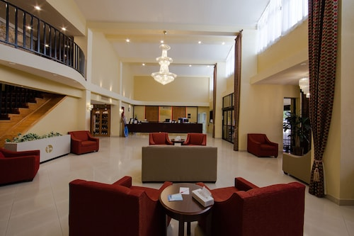 Houston Hotels Cheap Houston Hotel Deals Travelocity - Last minute travel deals from houston