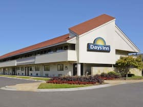 Days Inn by Wyndham Overland Park/Metcalf/Convention Center