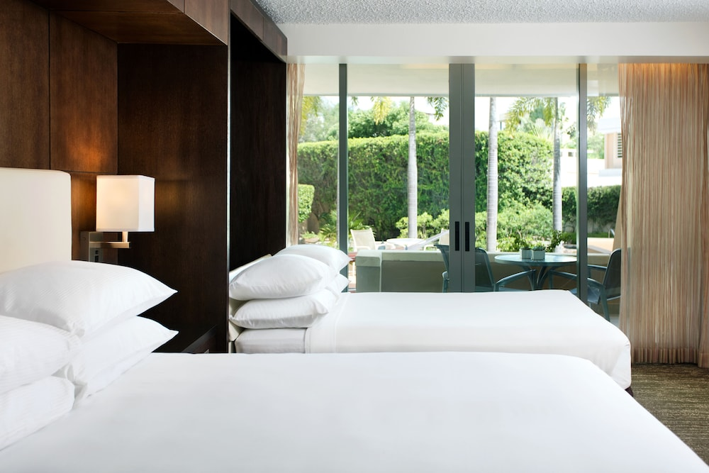 Featured Image, DoubleTree by Hilton San Juan