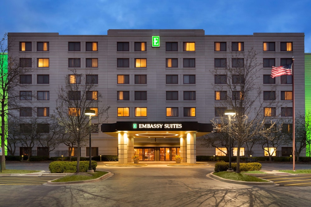Exterior, Embassy Suites Chicago - North Shore/Deerfield