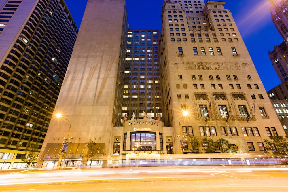 Intercontinental Chicago Magnificent Mile In Chicago Hotel