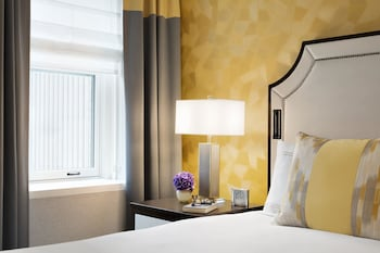 Signature Room, 2 Double Beds, Non Smoking - Guestroom
