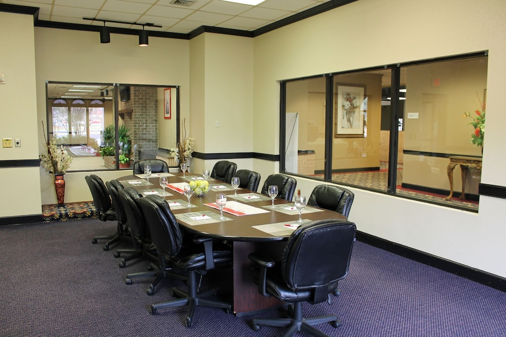 Meeting Facility, Cottonwood Suites Savannah Hotel & Conference Center