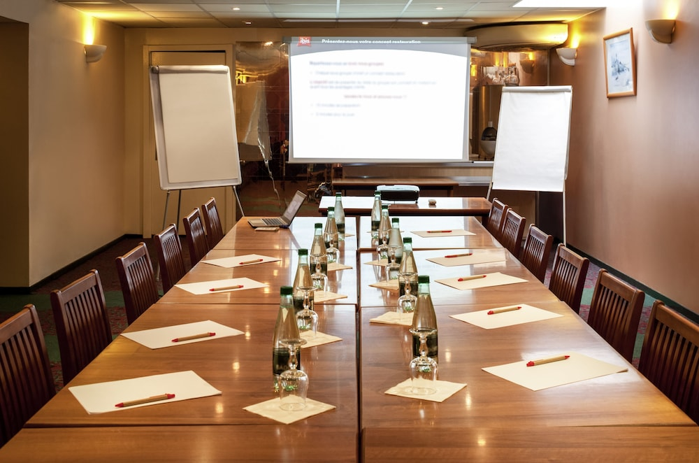 Meeting Facility, ibis Lourdes