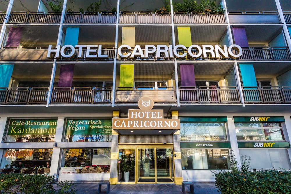 Property Entrance, Hotel Capricorno