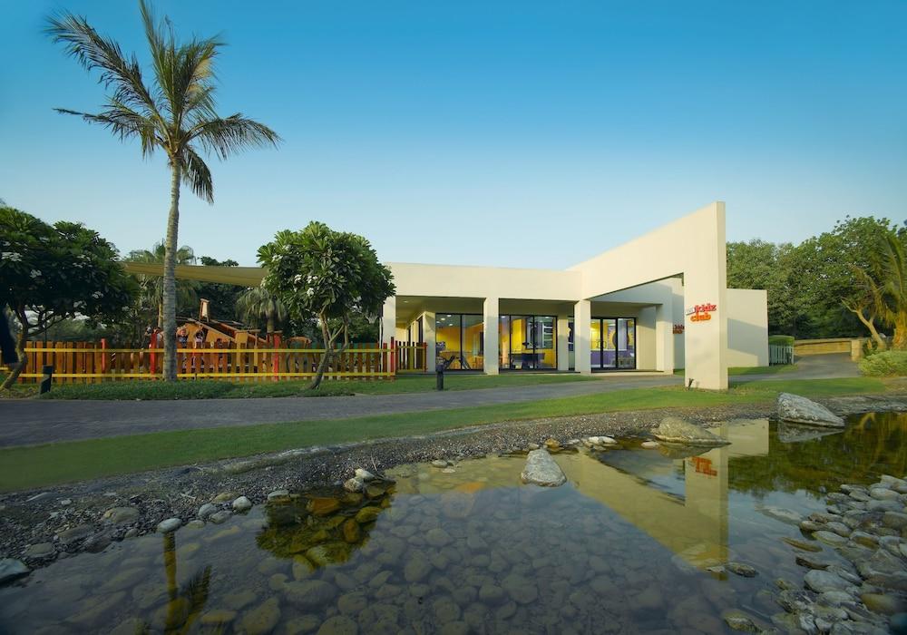 Grand hyatt dubai in dubai hotel rates reviews in orbitz for Top rated hotels in dubai