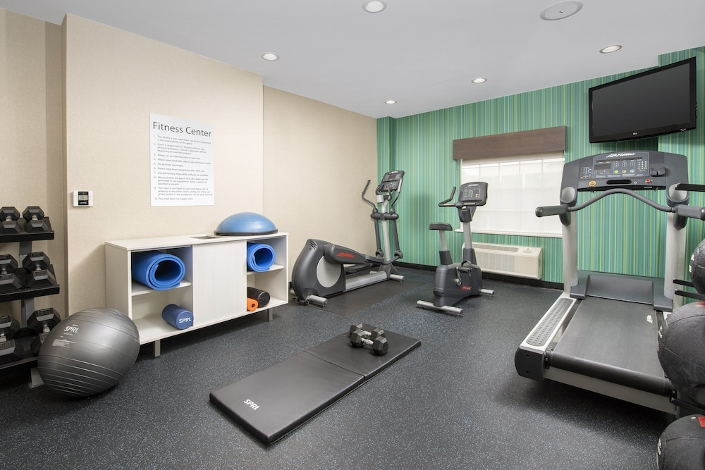Fitness Facility, Holiday Inn Express & Suites Annapolis