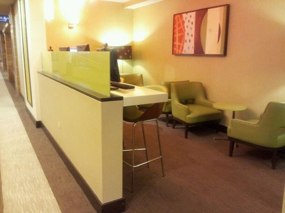 Property Amenity, Crowne Plaza Hotel Chicago O'Hare