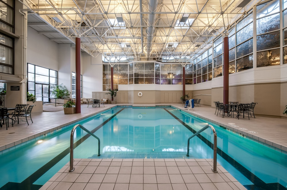 Indoor Pool, Crowne Plaza Hotel Chicago O'Hare