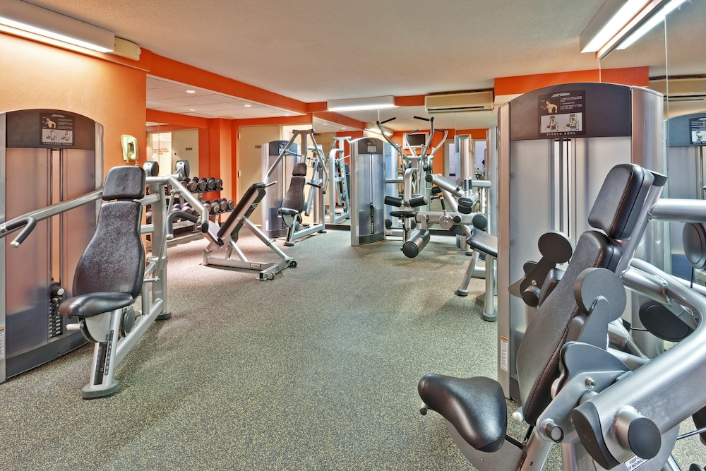 Fitness Facility, Crowne Plaza Hotel Chicago O'Hare