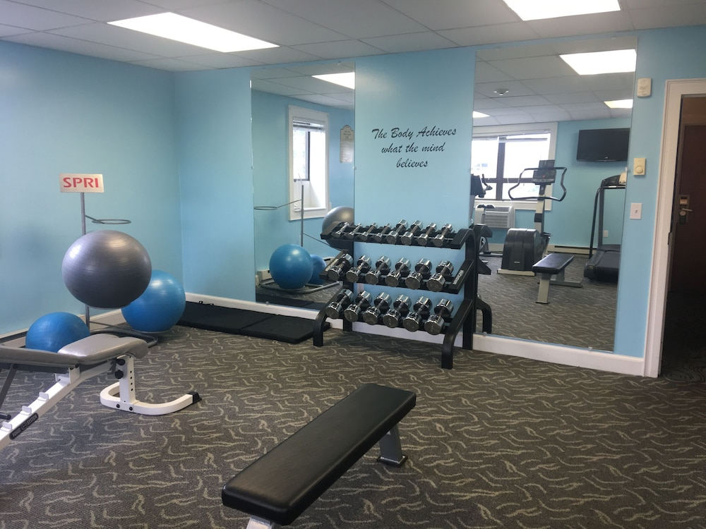 Fitness Facility, Lakeside Inn