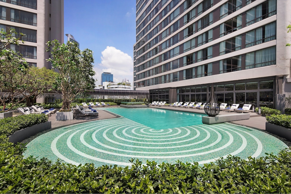 Outdoor Pool, Bangkok Marriott Marquis Queen's Park