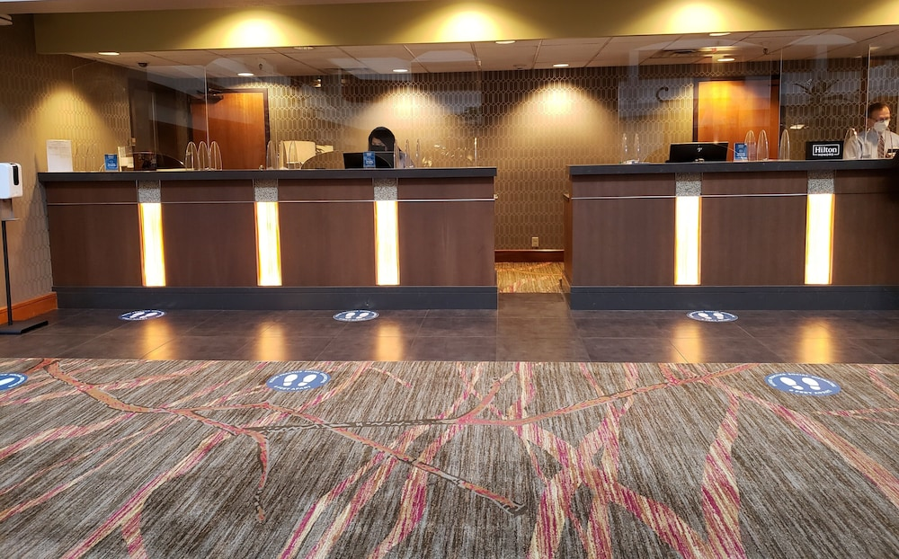 Reception, DoubleTree Suites by Hilton Seattle Airport - Southcenter
