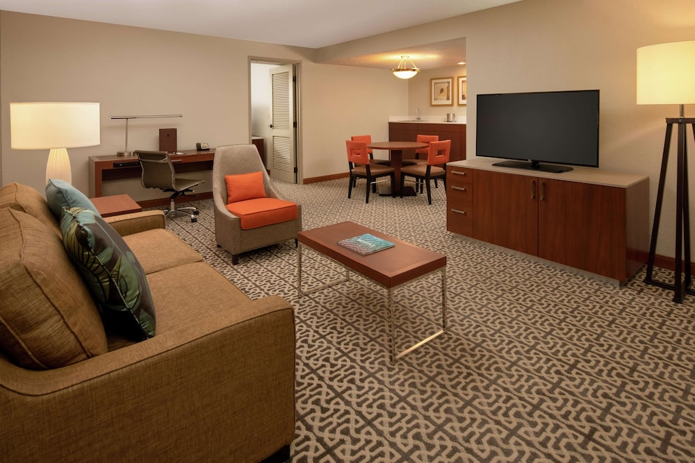 Room Amenity, DoubleTree Suites by Hilton Seattle Airport - Southcenter