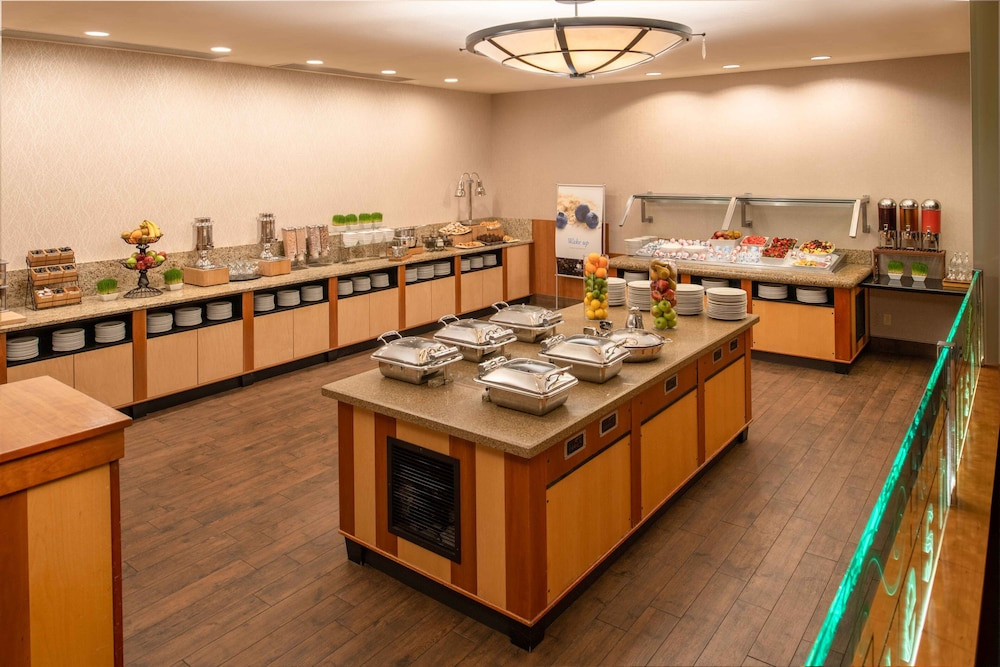 Breakfast buffet, DoubleTree Suites by Hilton Seattle Airport - Southcenter