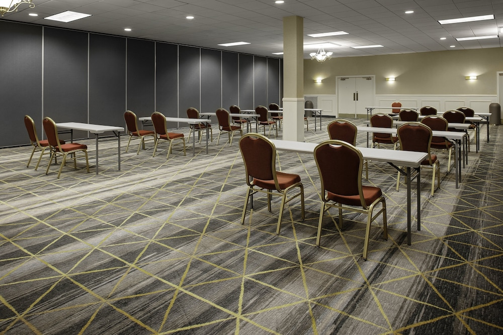 Meeting Facility, Holiday Inn Hotel & Suites Boston - Peabody, an IHG Hotel