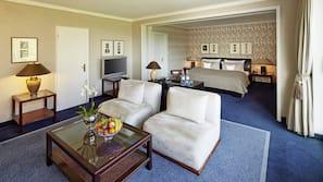 Allergikerbettwaren, Minibar, Zimmersafe, individuell eingerichtet