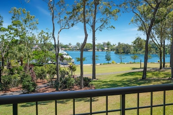 Manor Circle, Sanctuary Cove, QLD 4212, Australia.