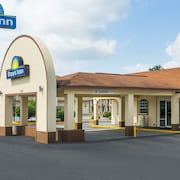 Days Inn by Wyndham Statesville
