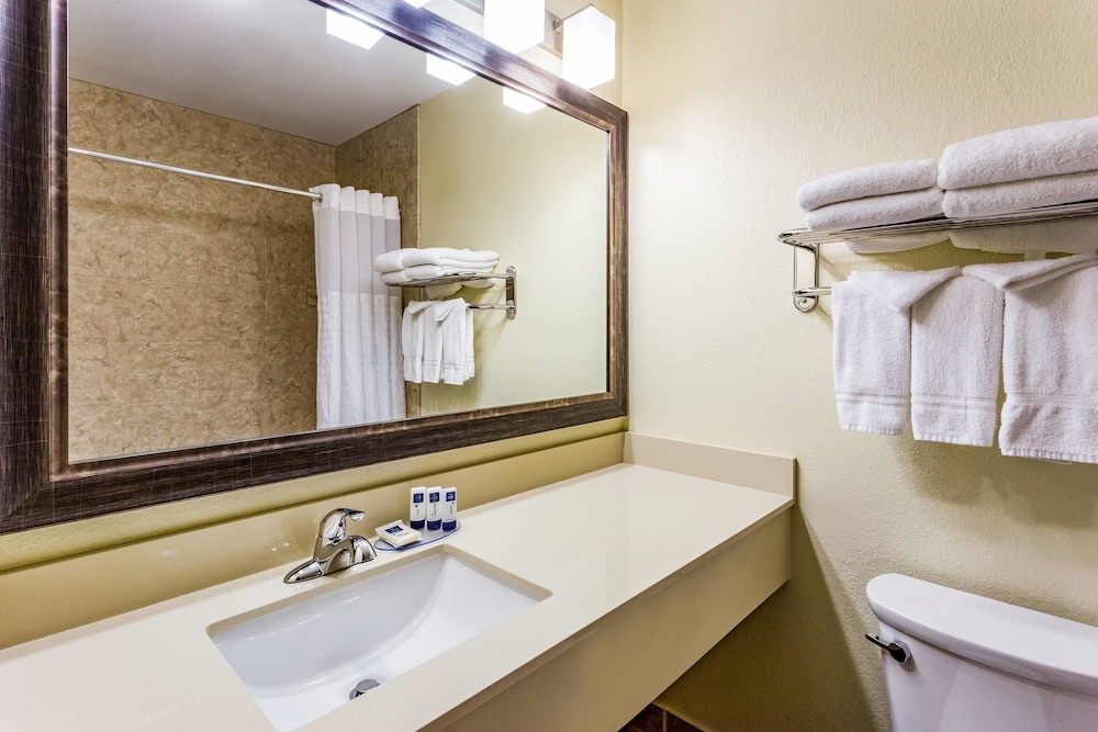 Bathroom, AmericInn by Wyndham Burnsville