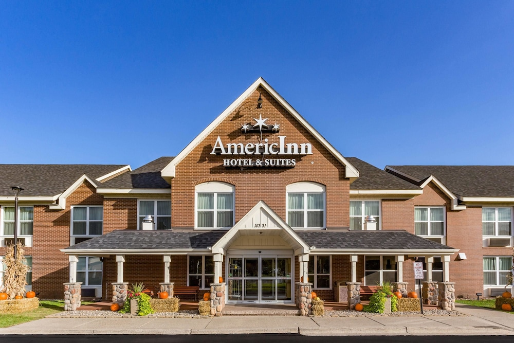 Featured Image, AmericInn by Wyndham Burnsville