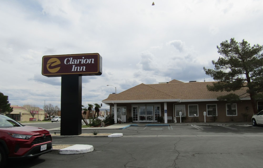 Front of Property, Clarion Inn Ridgecrest