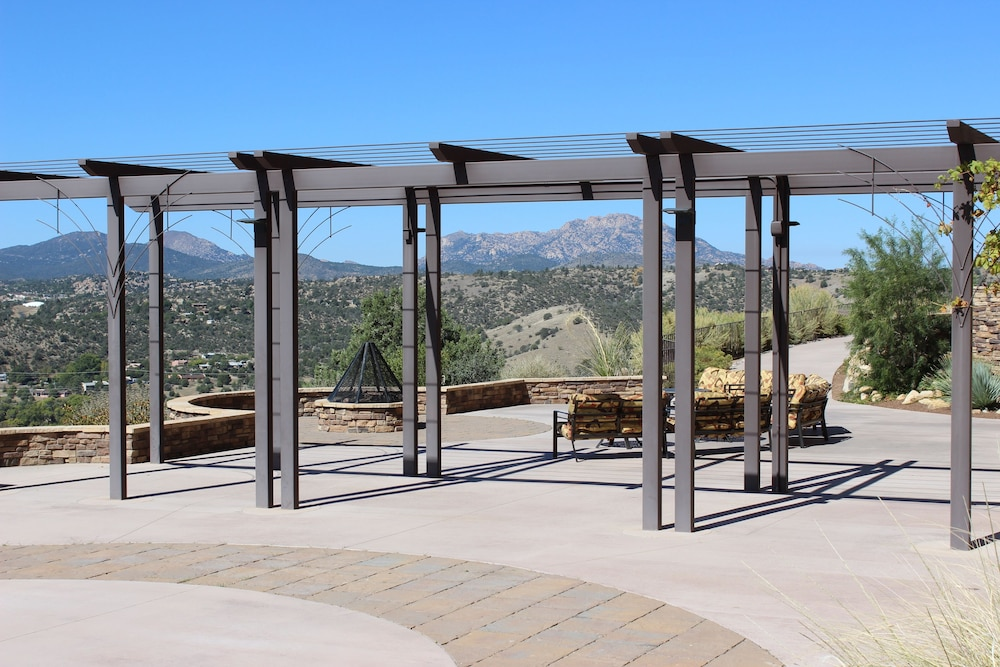 Terrace/Patio, Prescott Resort