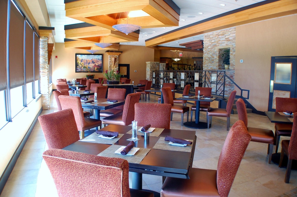 Restaurant, Prescott Resort