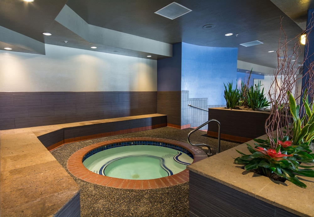 Indoor Spa Tub, Prescott Resort
