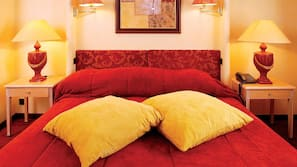 In-room safe, rollaway beds, free WiFi