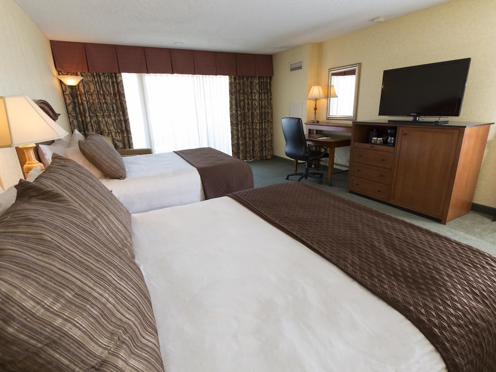 coos bay chat rooms Chat live or call 1-800-454-3743 any time for help booking your hotels in coos bay our team of experts can help you pinpoint coos bay hotels options suited to your tastes and budget forget orbitz change or cancel fees on coos bay hotels.