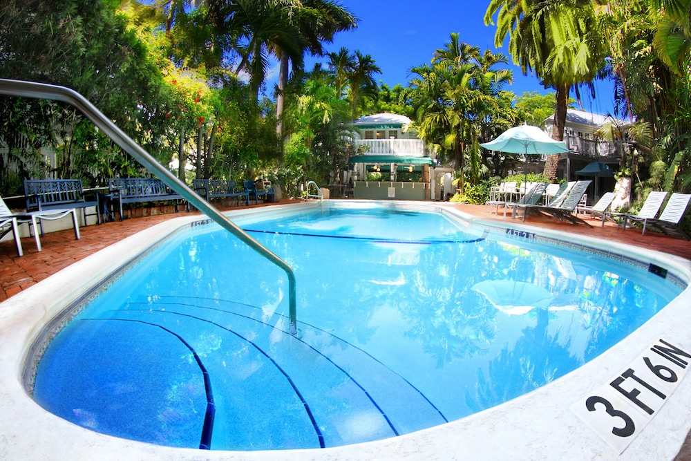 Outdoor Pool, The Gardens Hotel