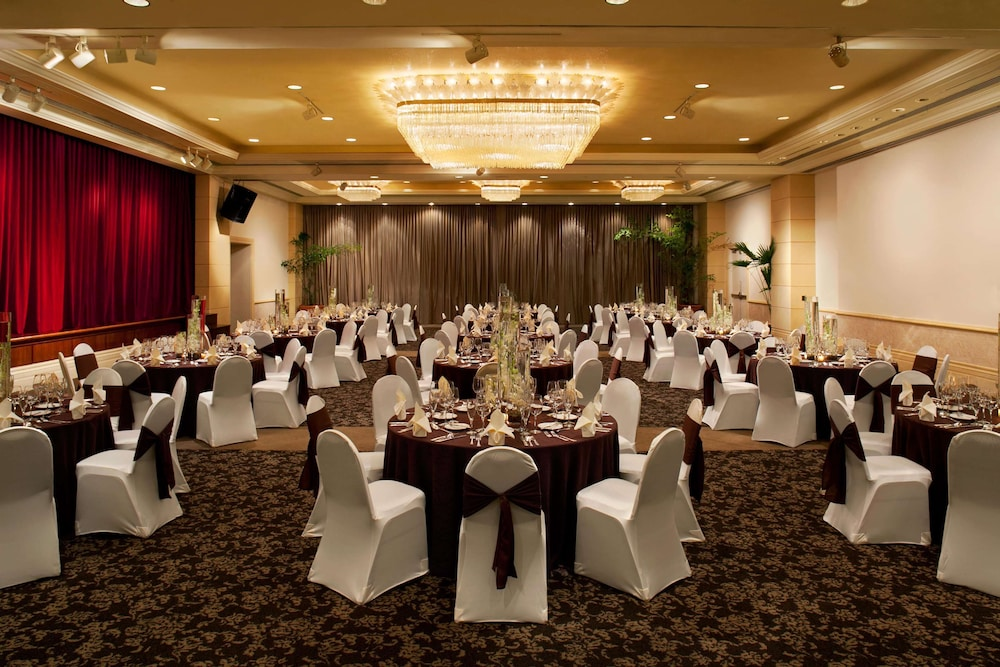 Ballroom, Hilton Guam Resort And Spa