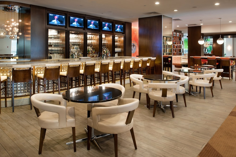 Bar, Marriott St. Louis Airport