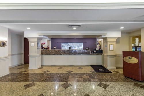 DoubleTree by Hilton Downtown Wilmington - Legal District