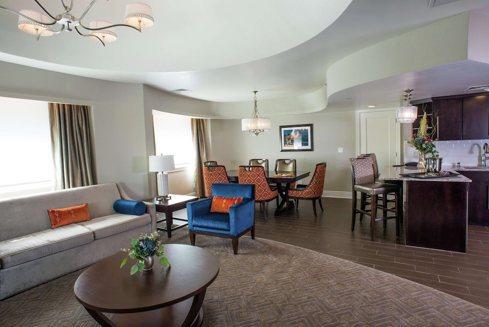 Living Area, Hotel Alex Johnson Rapid City, Curio Collection by Hilton