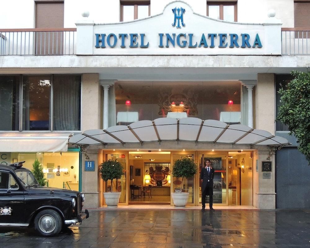 Inglaterra hotel seville esp expedia for Hotels seville