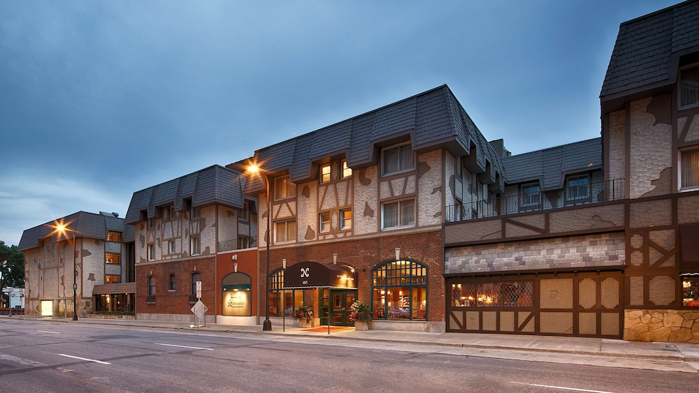 Exterior, Best Western Plus The Normandy Inn & Suites