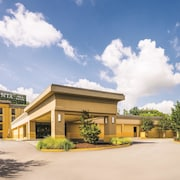 La Quinta Inn & Suites Baltimore South - Glen Burnie