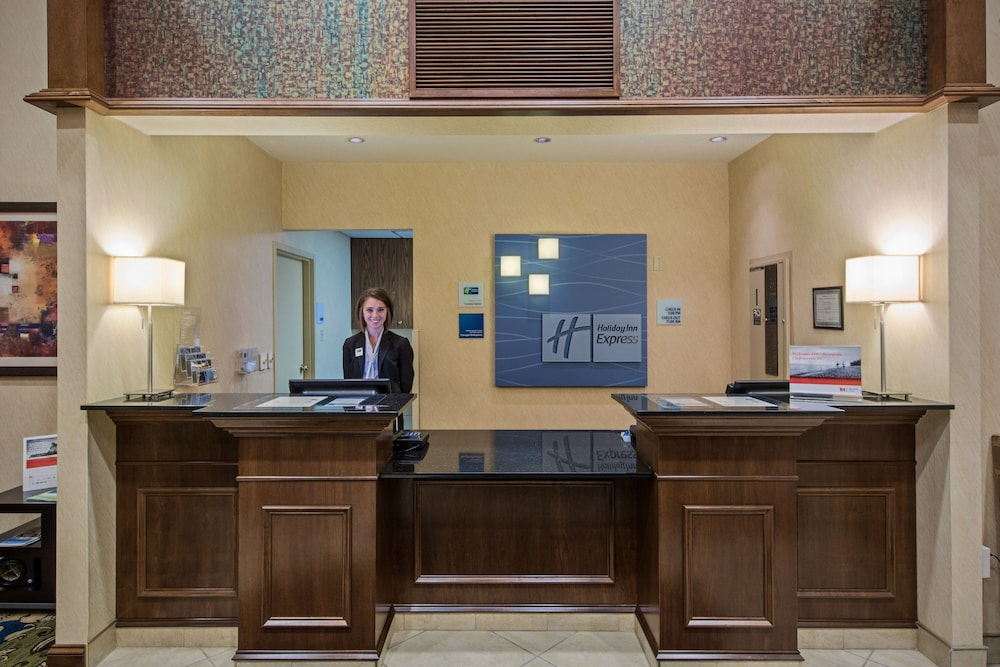 Lobby, Holiday Inn Express Meadville (I-79 Exit 147a), an IHG Hotel