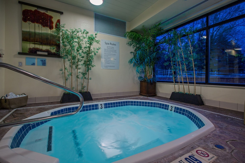 Pool, Holiday Inn Express Meadville (I-79 Exit 147a), an IHG Hotel