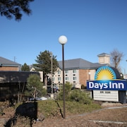 Days Inn & Suites Golden/Denver West